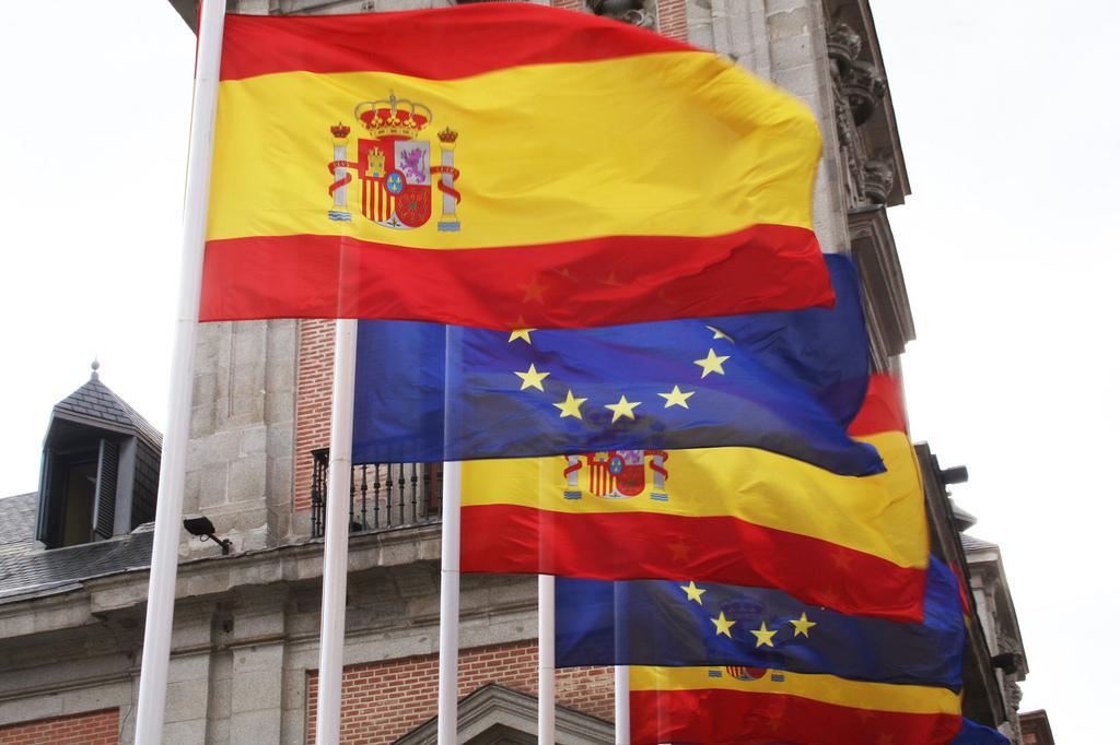 El-Ministro-de-Economía-advierte-que-España-podría-sufrir-una-contracción-del-1-en-el-2012