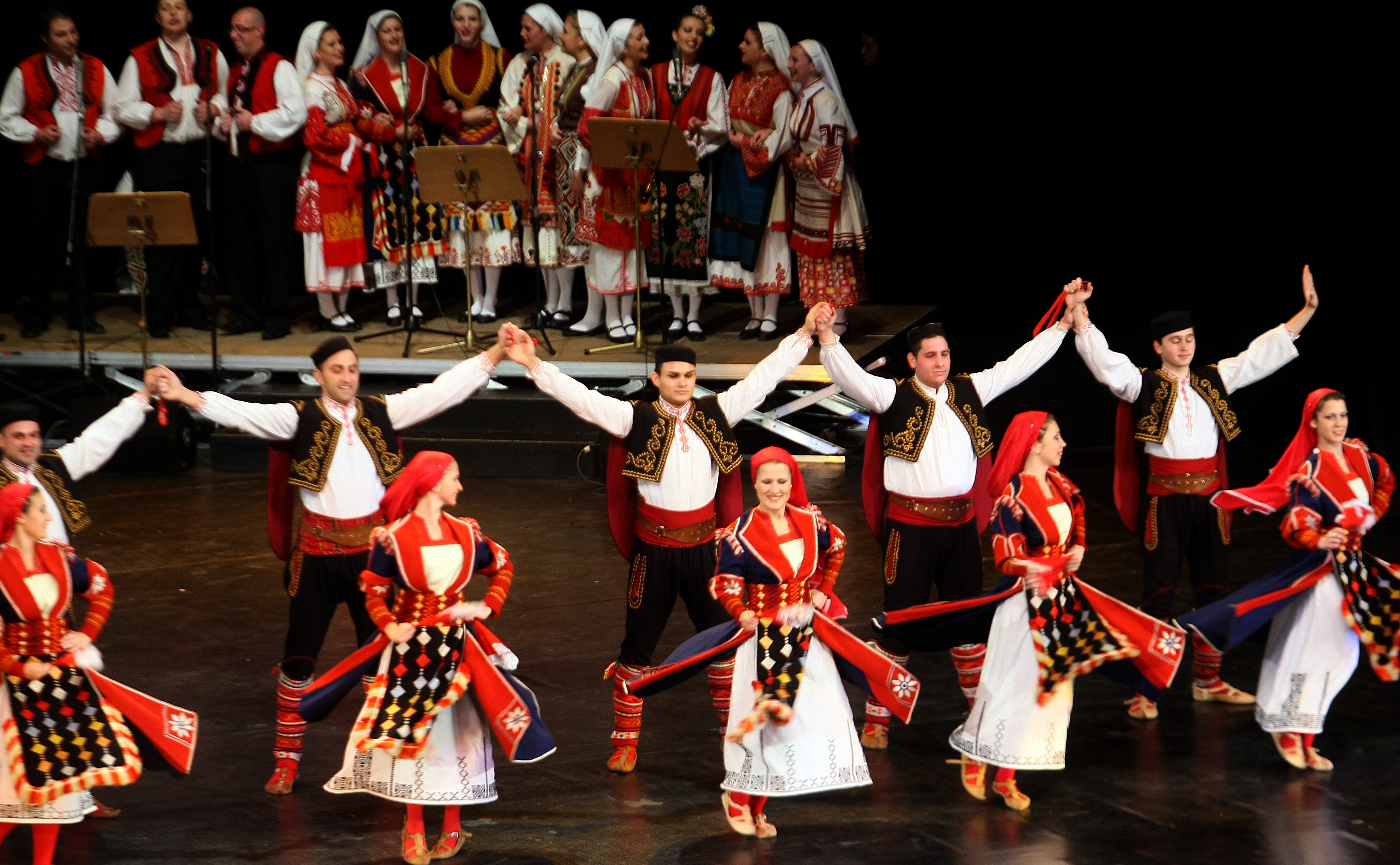 narodni-tanci-1